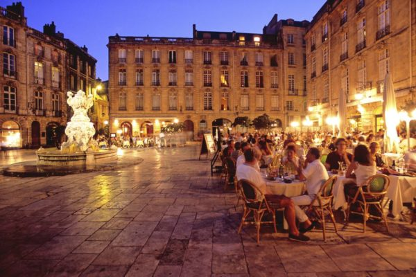 bordeaux-drinking
