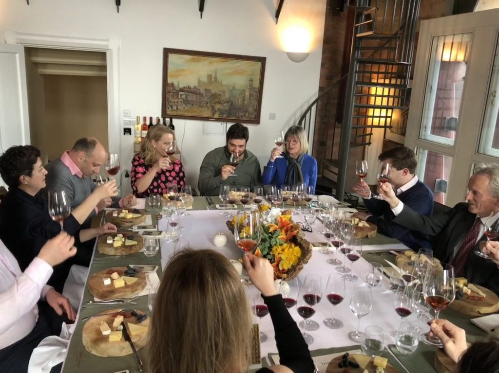 Faouzi hosted a lunch in London earlier this year with leading journalists, including Jancis Robinson MW, to introduce his new single variety Cinsault wine to the UK