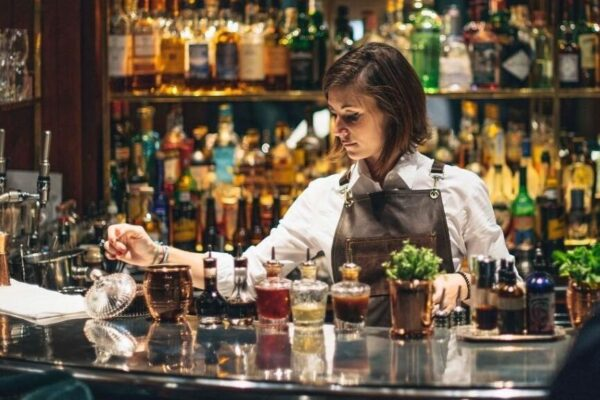 The Bloomsbury Club Bar: making the ultimate cocktail